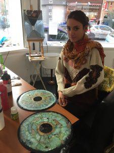 Caroline Hofman : l'oeil de ceux qui gardent! - - peinture sur vinyle