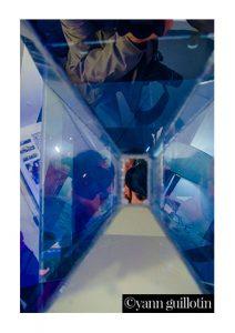 """Gentien Arnault : """"Les gens s'énervent à se regarder voir"""" - boîte en miroir"""